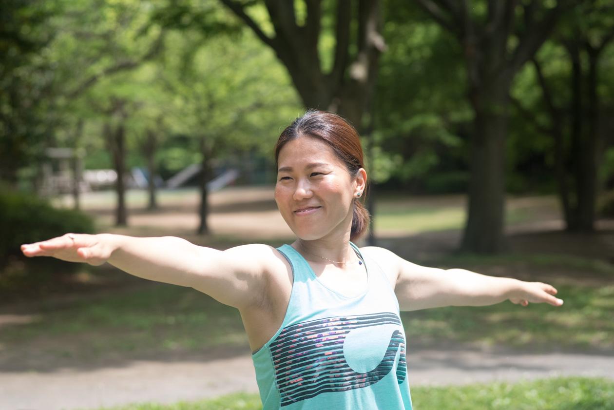 YogahouseOhana斎藤さんヨガポーズ01