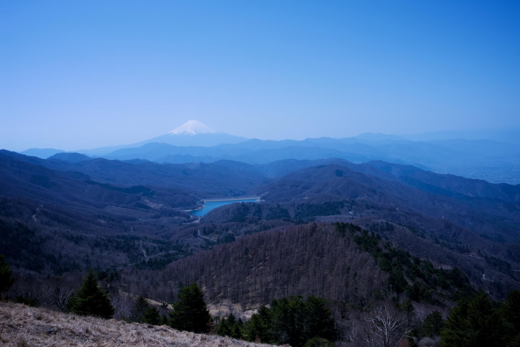 大菩薩からの富士山